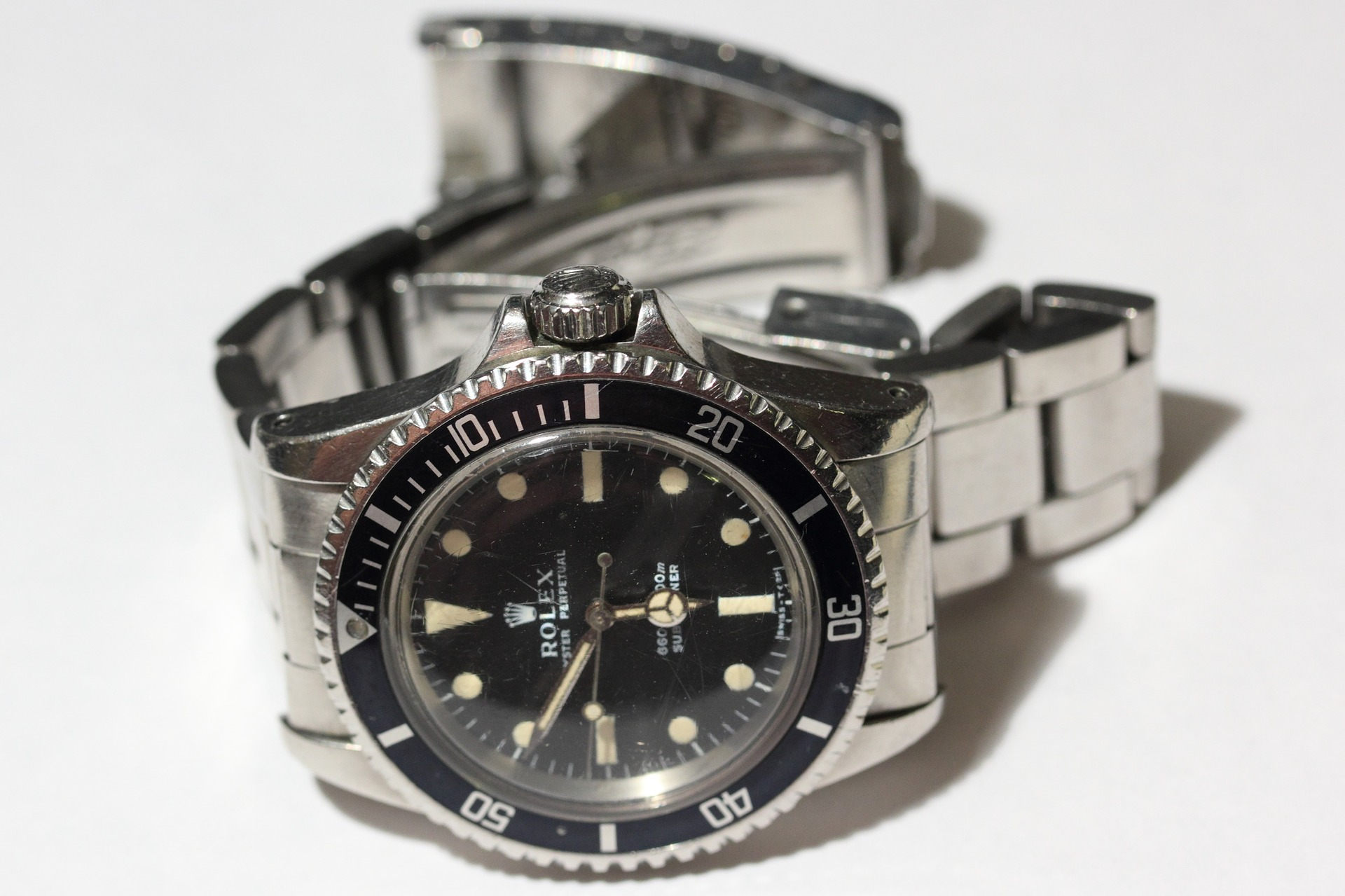 Sell your old, unwanted luxury watches