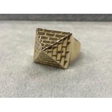 9ct Gold Pyramid Ring Sz Z+2